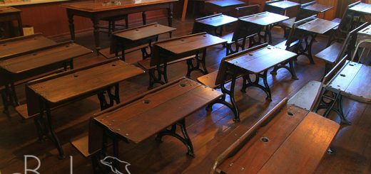 Old desks in the shcool