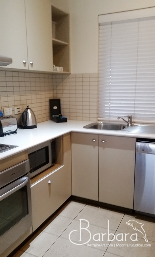 kitchen in Mantra Geraldton