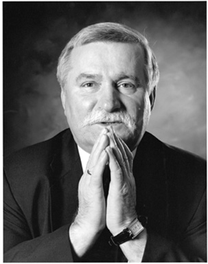 Lech Walesa's Warning for America